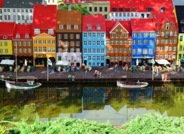 [WYPRZEDANE] Legoland, Wikingowie i średniowieczne zamki – Loty z Gdańska do Danii, auto i trzy noce nad Morzem Północnym