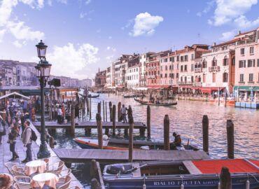 Romantyczny city-break wśród kanałów Wenecji – Loty z Krakowa i cztery noce w hotelu *** w centrum tylko 635 PLN!