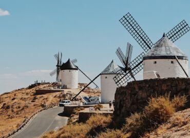 Wyrusz śladami Don Kichota przez hiszpański region La Mancha – Loty z Warszawy, auto i pięć noclegów za 828 PLN!
