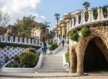 LAST SECOND: City break – Pięć dni w Barcelonie – Loty z Krakowa i noclegi w centrum tylko 495 PLN!