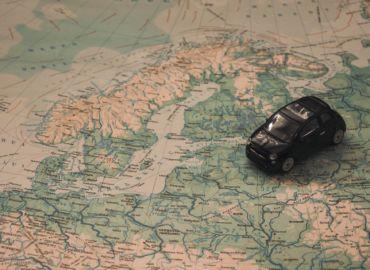 Celtyckie runy, muzea i krążowniki szos w Szwecji – loty, nocleg i auto na dwa dni tylko 240 PLN!