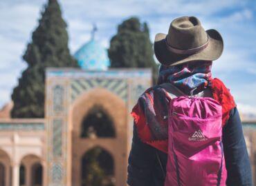 Odkryj gościnność i skarby Orientu w pustynnej kolebce cywilizacji perskiej – Loty do Iranu z Lwowa, Berlina i Pragi od 720 PLN!