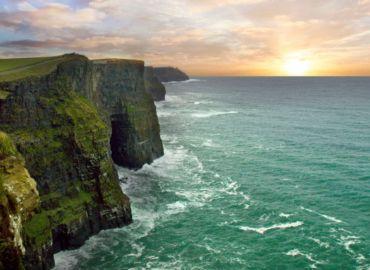 Odkryj Zieloną Wyspę. Irlandia z Warszawy – loty + auto na 6 dni za 407 PLN