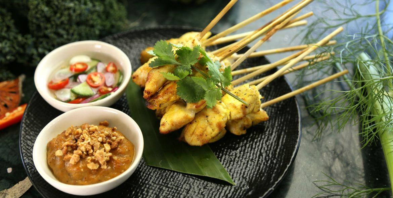 Kuchnia malajska – eksplozja noodles, satay i curry